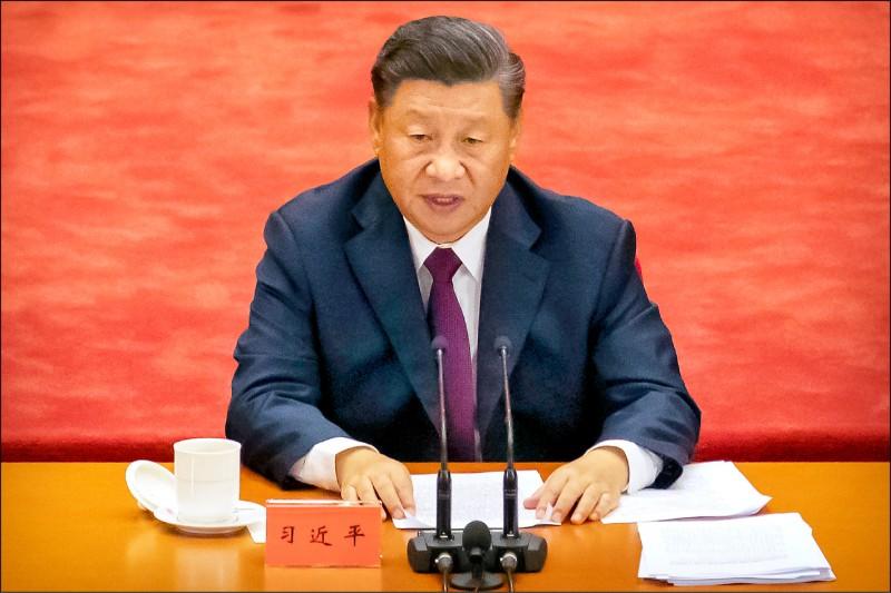川普稱武漢肺炎為「中國病毒」,指控世界衛生組織「幾乎受中國控制」,要求中國承擔疫情大流行的責任。(美聯社)