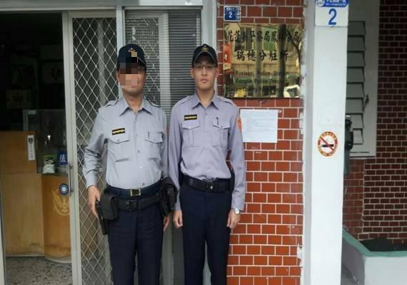 羅姓警員(右)在瑞穗分駐所服務將近3年,與所內同事相處融洽。(警方提供)