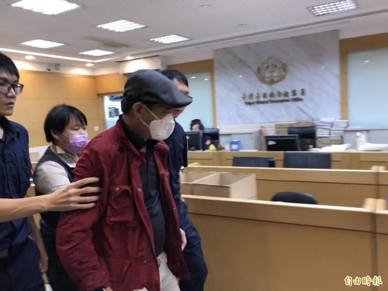 展霖生化基因公司負責人陳柏良遭檢方聲押禁見。(記者錢利忠攝)