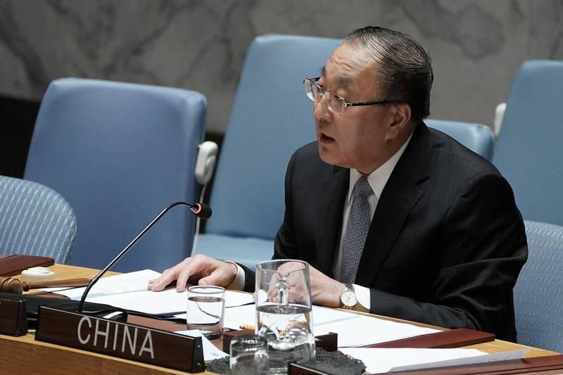 中國駐聯合國大使張軍24日在聯合國安全理事會槓上美國。(路透)