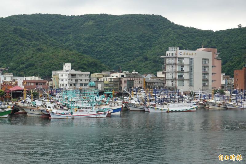 蘇澳籍漁船新凌波236號,傳出在釣魚台海域被日本公務船衝撞,圖為南方澳第三漁港。(記者江志雄攝)