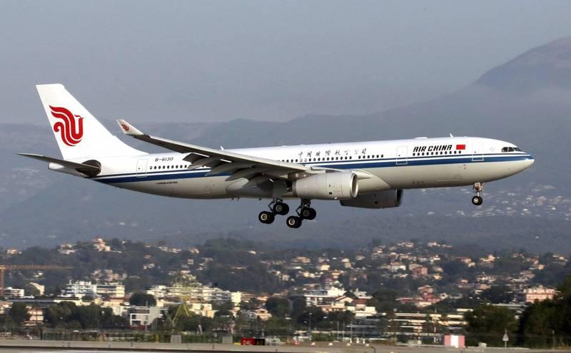 中國國際航空一架從福州飛往成都的班機,驚傳有乘客在機上洗手間內死亡。中國國際航空客機示意圖。(路透)