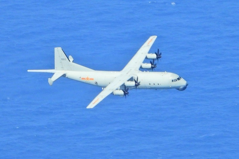 長期記錄的資深軍事迷許先生分析,根據高度,共機應仍是派出運八反潛機。(資料照,國防部提供)
