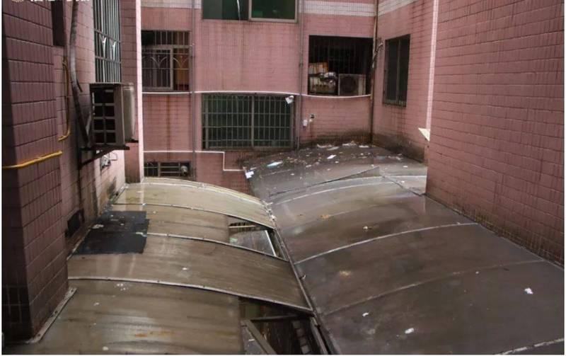 中國廣州一住宅大樓天天被潑糞,竟找不到潑糞人,住戶怨聲連連。(圖擷取自網路)