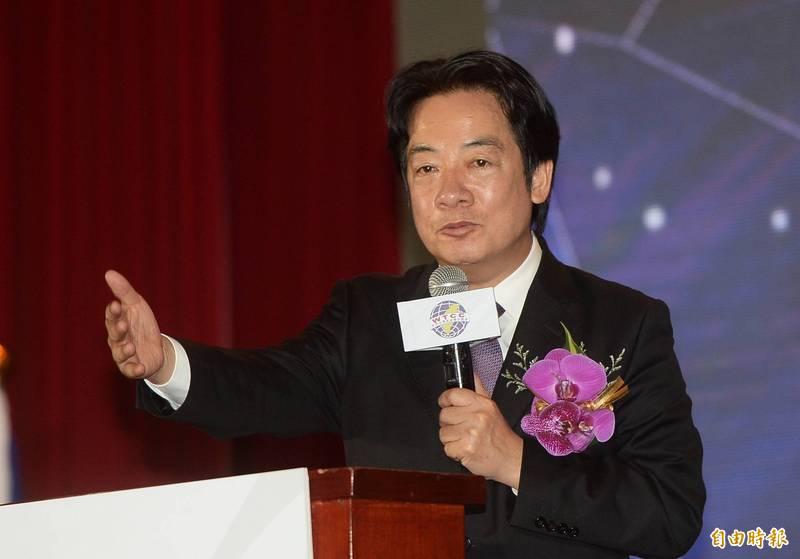 副總統賴清德出席世界台灣商會聯合總會年會,致詞時希望台商多投資台灣,一起來拚經濟。(記者林正堃攝)