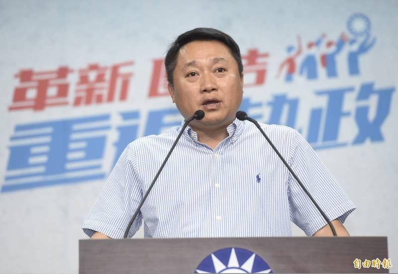 國民黨組發會主委李哲華說,草案修正為退黨後必須4年後才能重新申請再入黨,再加碼回溯條款,避免投機取巧行為。(資料照)