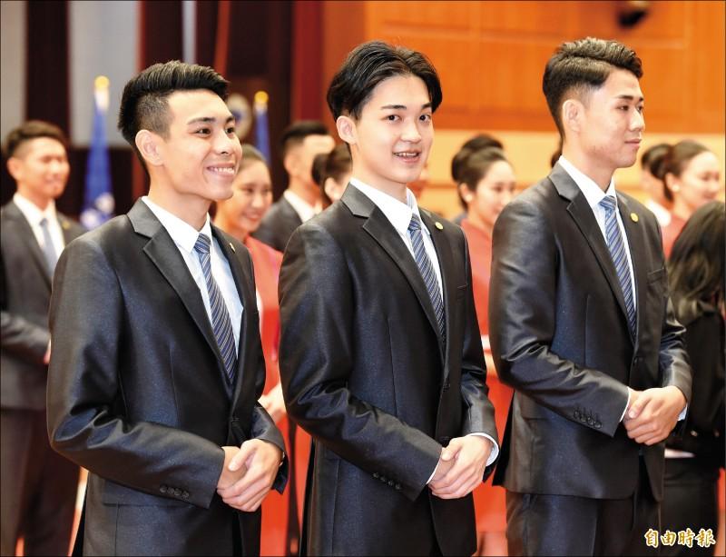 銘傳男學生李冠霆愛梳中分頭,被認為與副總統賴清德神似。(記者朱沛雄攝)