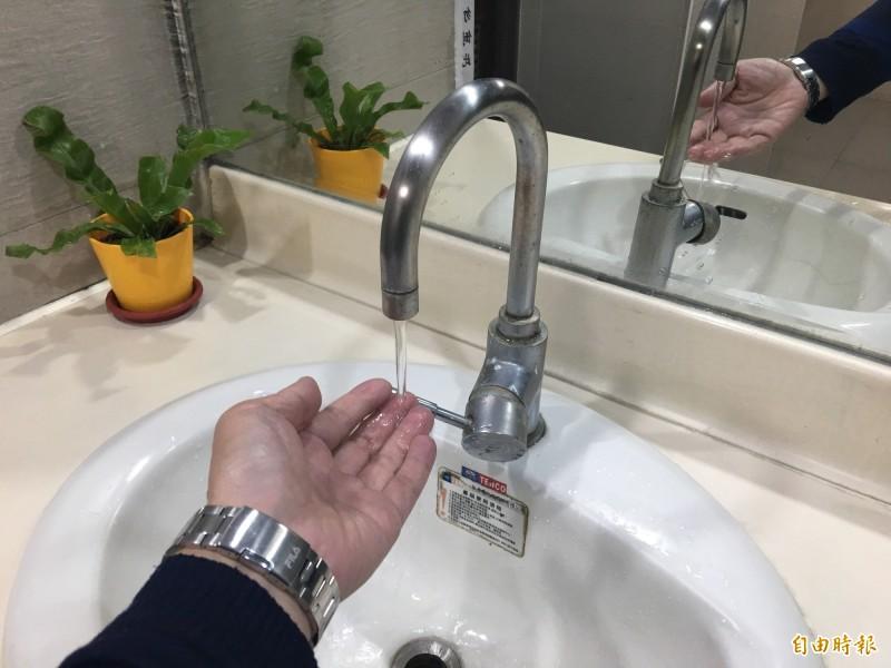 台水辦理龍潭區百年等里供水延管工程,呼籲民眾貯水備用。示意圖。(記者謝武雄攝)