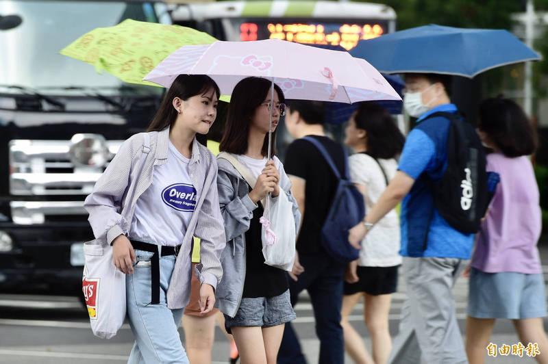 接下來幾天,北台灣天氣轉為濕涼,南台灣則維持晴朗穩定、日夜溫差大的天氣。(資料照)