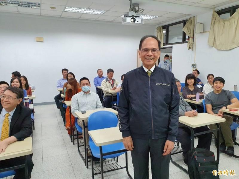 立法院長游錫堃出席台灣史碩士學分班結業典禮。(記者謝君臨攝)