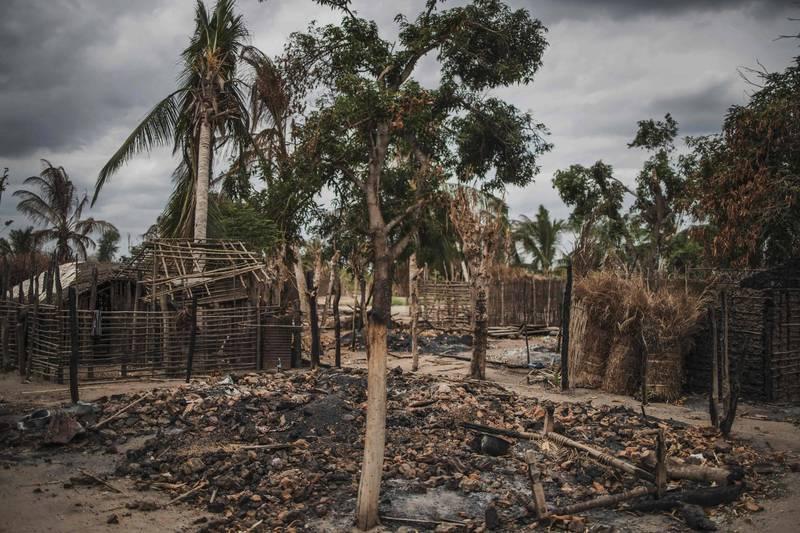 被伊斯蘭國摧毀的莫三比克村莊。(法新社資料照)