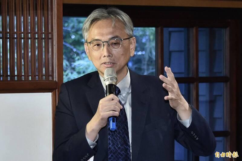 前總統府秘書室主任蘇志誠6日出席「漫長的告別-記登輝先生,以及其他」新書發表會。(記者塗建榮攝)