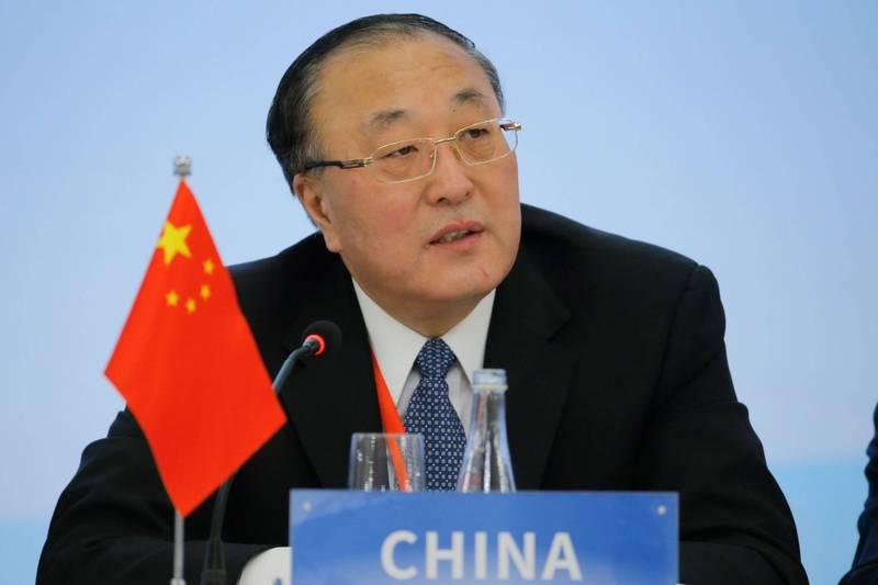 中國常駐聯合國代表張軍大使5日在聯合國會議上,代表中國、巴基斯坦、俄羅斯、北韓等26個國家發言,批評美國等西方國家侵犯人權,並稱應立即徹底取消單邊強制措施。(法新社)