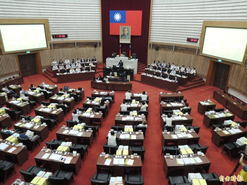 高市議會今進行市長施政報告與質詢。(記者王榮祥攝)