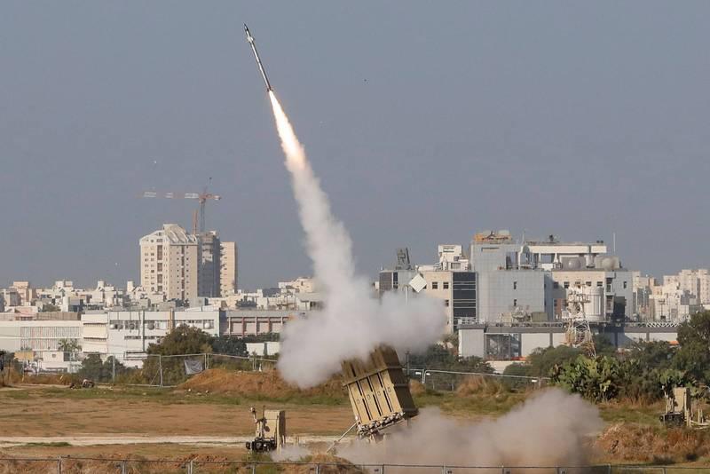 美國陸軍引進兩套以色列製的「鐵穹」飛彈防禦系統若性能通過考驗,目前第一組鐵穹系統已正式運抵美國。(法新社)