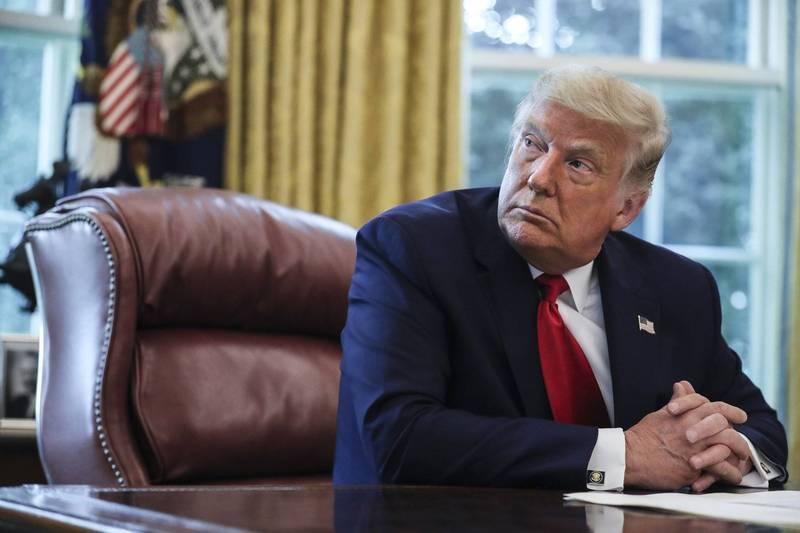 美國總統川普出院後首次重回橢圓形辦公室(Oval Office)辦公工作。(彭博資料照)