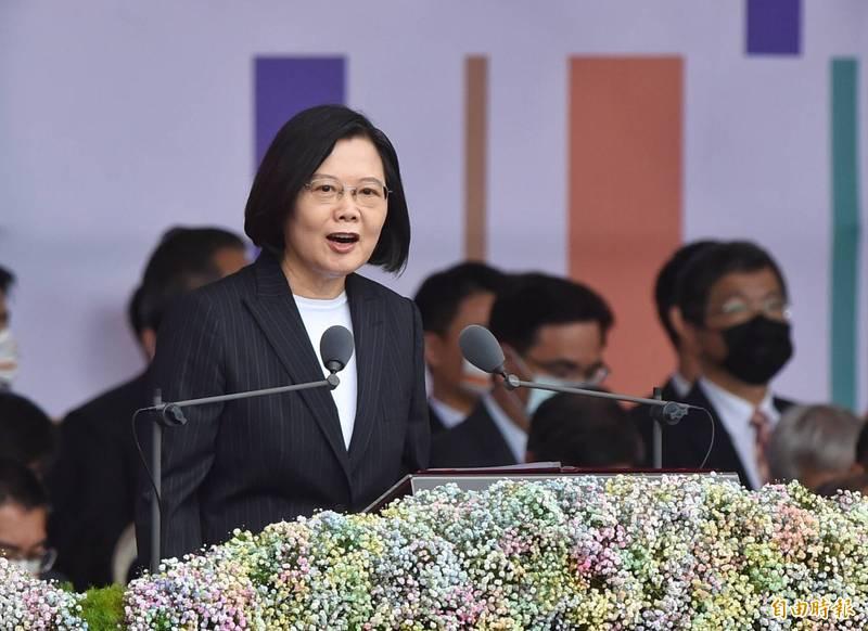 蔡總統發表國慶演說強調,只要北京當局有心化解對立,改善兩岸關係,在符合對等尊嚴的原則下,我們願意共同促成有意義的對話。(記者劉信德攝)