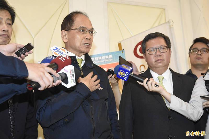 游錫堃今出席公民監督國會聯盟感恩餐會表示,「九二共識」是要台灣香港化、新疆化、西藏化,相信2300萬人絕對無法接受。(記者叢昌瑾攝)
