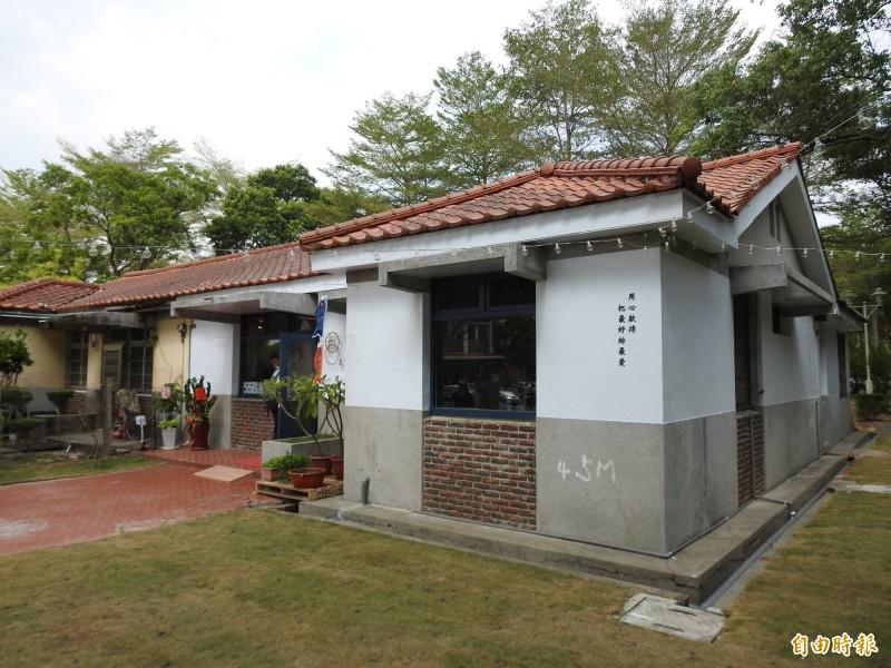 「省府日常散策」文化創意聚落,保留舊有宿舍風貌,僅就空屋外觀及內部輕度修繕。(記者佟振國攝)