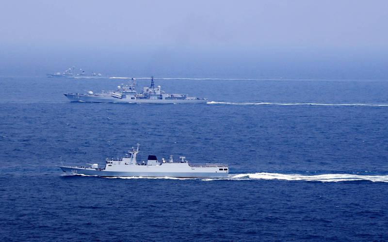 中國當局今宣布,今天在東海、渤海「實際使用武器訓練」,船隻禁駛進海域範圍內。(路透)