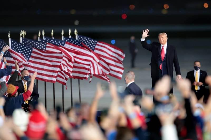 2020年美國總統大選進入關鍵倒數,BBC分析川普贏得勝利的5大可能性。(法新社檔案照)