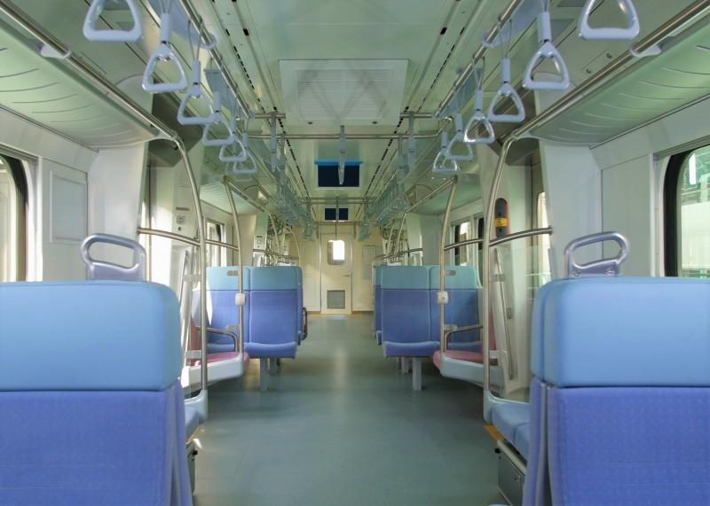 台鐵新車將於10月24日抵花蓮港,內裝率先曝光。(圖:台鐵局提供)
