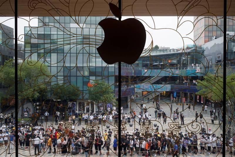 中國首批iPhone12秒殺!小粉紅氣炸:說好的不買呢?