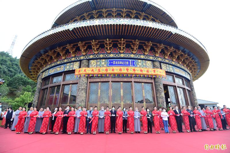 總統蔡英文、副總統賴清德今一同出席「一貫道祖師紀念館─白陽聖廟落成典禮」。(記者廖耀東攝)