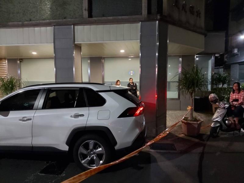 北市休旅車發動違停路邊數小時 消防員破窗赫見駕駛身亡