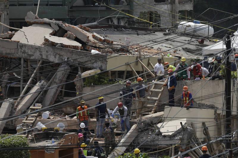 7.1強震一搖!小學違建害死26人 墨西哥學校所有者處31年徒刑