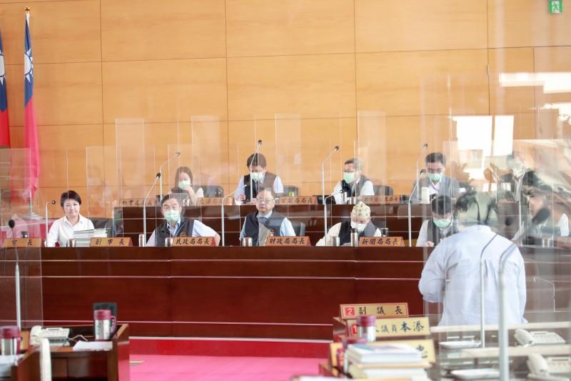 台中市議會大會發言情況冷清,為何議員領了2450元出席費卻不發言?兩黨直指:制度問題。(資料照)