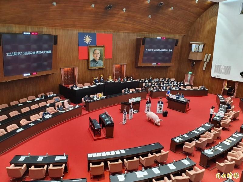 行政院長蘇貞昌今第4度受邀至立法院院會進行施政報告,但國民黨團持續杯葛議事。(記者謝君臨攝)