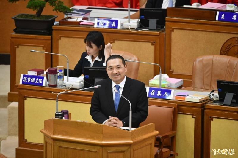 新北市長侯友宜強調自己的態度就是「捍衛中華民國,團結台灣,自信向前走」。(記者何玉華攝)