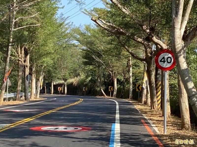 彰化縣139線縣道,明天開始正式實施時速限速40公里。(記者張聰秋攝)