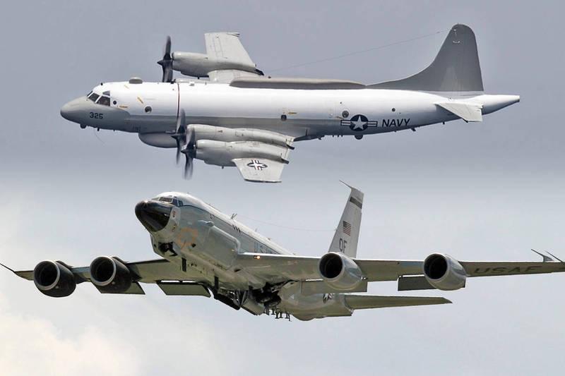 美國海軍RC-135W電子偵察機和EP-3E電子偵察機到中國東南沿海進行抵近偵察。(本報合成)