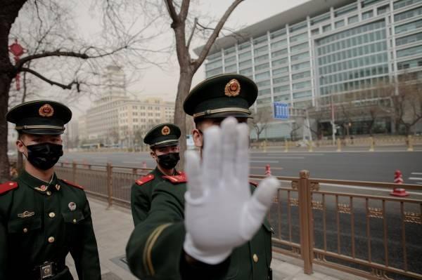 此為中國警察示意圖。(路透)