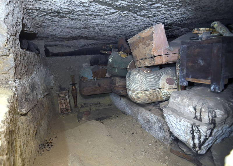 埃及考古學家新發現80多具古棺。(路透)