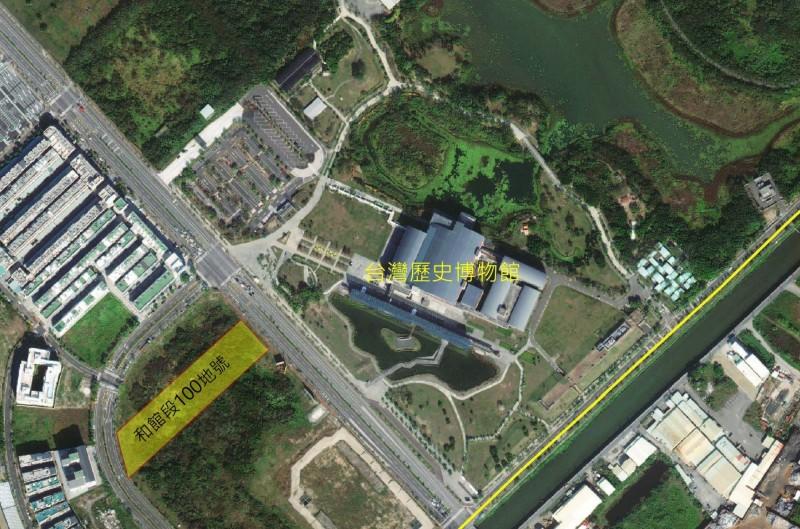 台灣歷史博物館對面商業區土地標出,每坪單價53.2萬元。(記者洪瑞琴翻攝)