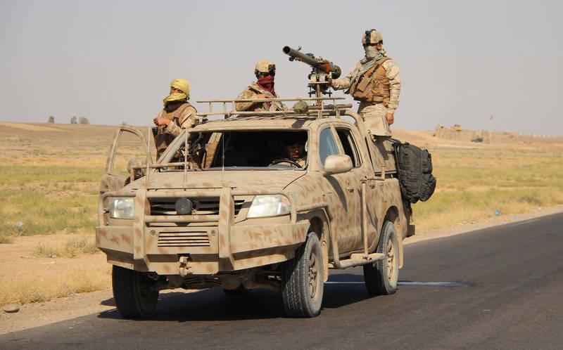 阿富汗政府代表團與民兵組織塔利班仍在卡達多哈進行和平會談之際,塔利班又對政府軍發動攻擊,造成至少25名阿富汗安全部隊人員死亡。圖為塔利班民兵。(歐新社)