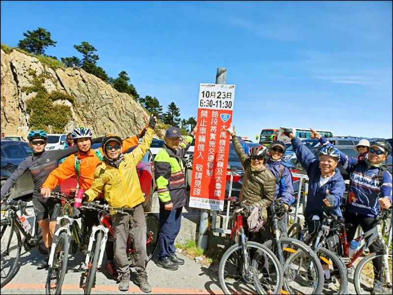 KOM自行車登山王挑戰賽23日將在花蓮七星潭登場,選手挑戰路線將一路騎至太魯閣並攀升到合歡山武嶺,長約105公里。(花蓮警方提供)