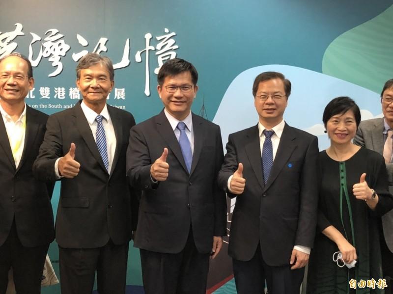 林佳龍表示,隨著台灣軌道建設營運規模擴大,會聽取各方意見、加強溝通。(記者周湘芸攝)