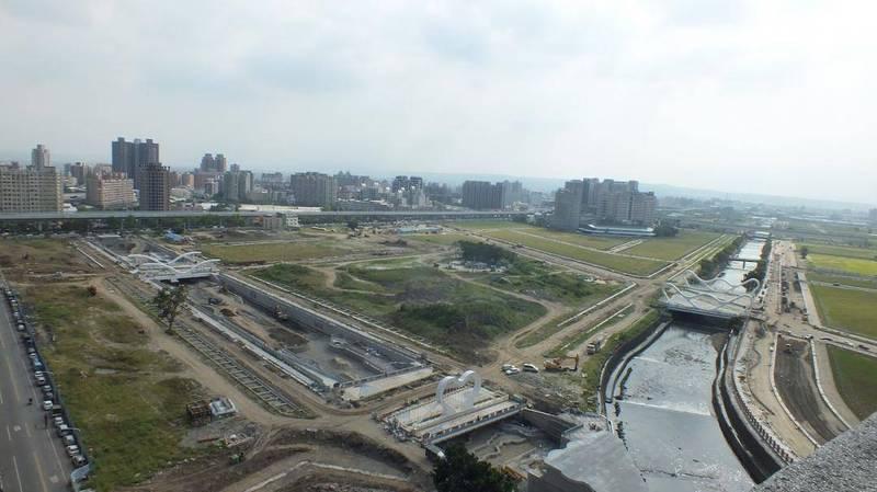 台中十三期重劃區日前挖出上千年遺址,建商除了要停止開發外,還得負擔相關費用近3億元,建商抱怨不合理。(資料照,商總提供)