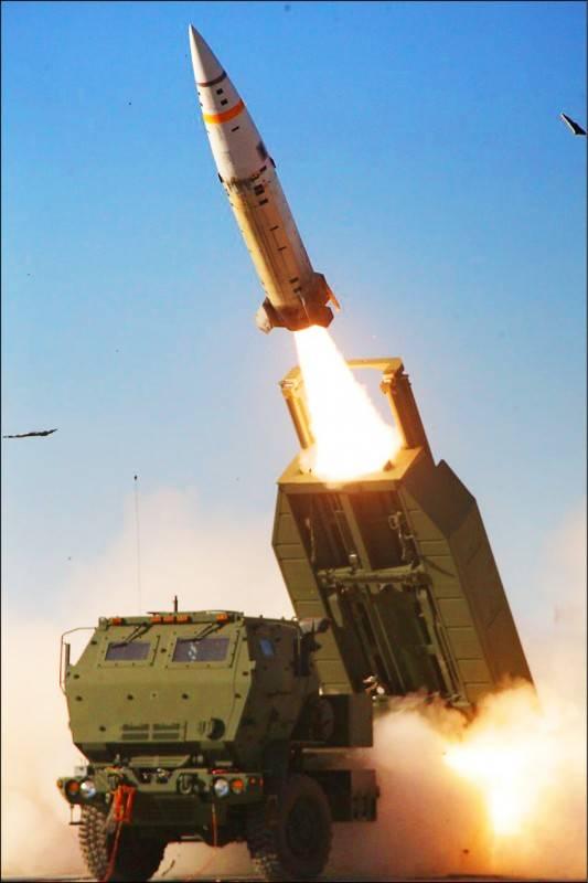 美國國務院批准海馬斯多管火箭系統等三項對台軍售案,總金額520億。(取自美國陸軍官網)
