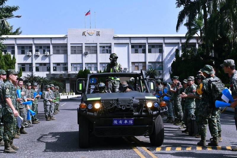陸軍特戰指揮部特3營本週在台灣南部展開為期21天丶全長505公里的「戰術任務行軍訓練」。(圖:擷取自陸軍司令部臉書專頁)