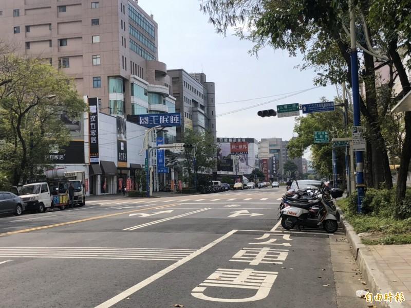 台北捷運環狀線北環段Y19A站出土段位於五工路及五權二路口。(記者周湘芸攝)