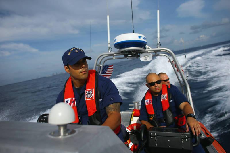 美國海岸防衛隊將強化印太地區執法。示意圖。(法新社)