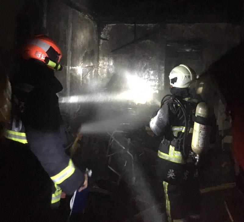大雅區深夜發生民宅火災,造成1死2傷。(記者歐素美翻攝)