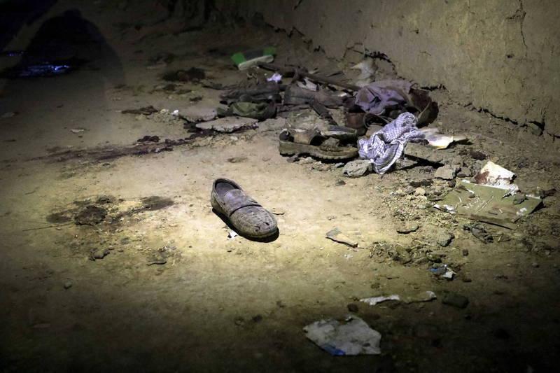 阿富汗首都喀布爾一處教育中心24日驚傳遭到自殺式炸彈攻擊,至今已造成至少18人喪命和57人受傷。(歐新社)