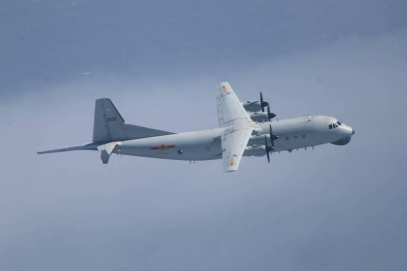 臉書粉絲專頁「台灣西南空域」透露偵獲的共機情資。圖為運八反潛機。(國防部提供)