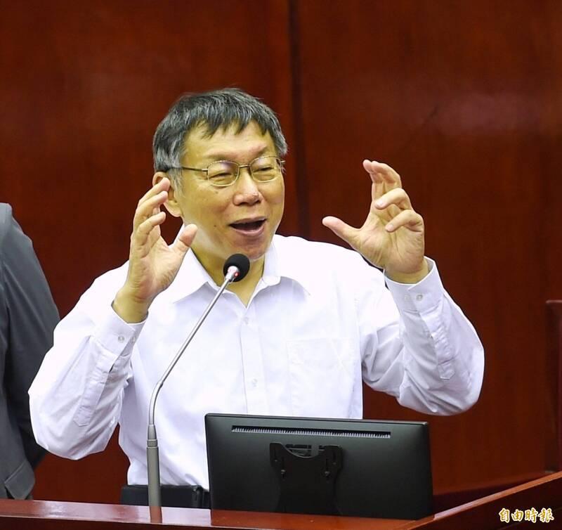 台北市長柯文哲(見圖)改用個人臉書帳號「WJ Ko」反駁某報社論,親自留言:「我沒有把大巨蛋當作是一個政績,我只是善後而已。」(資料照,記者方賓照攝)
